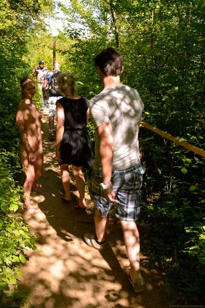 nude-in-public-on-the-walking-trail