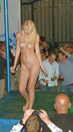 nude in public updates 11